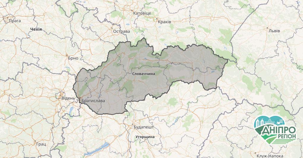 Обговорюйте децентралізацію освіти подорожуючи Словаччиною