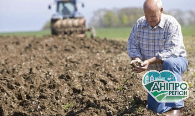 В Україні фермер втративши через посуху урожай наклав на себе руки