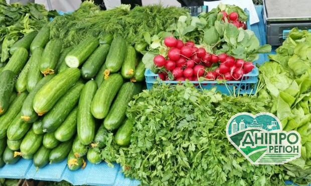 На продуктових ринках фермери підняли ціни на овочі в два рази