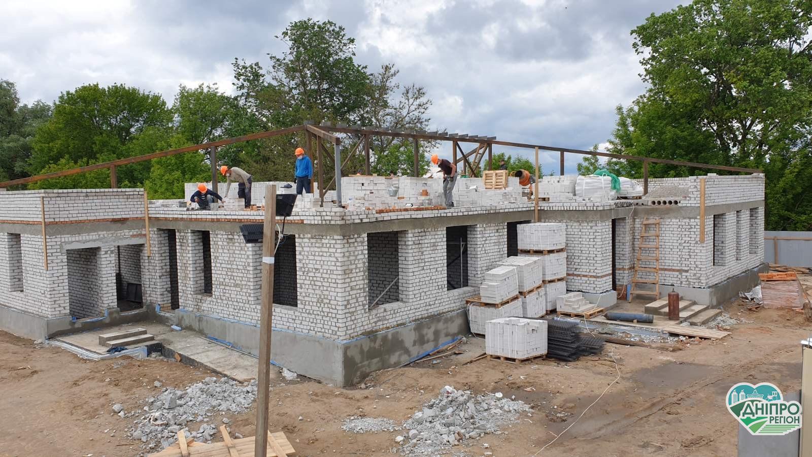 У Таромському «з нуля» будують амбулаторію сімейної медицини