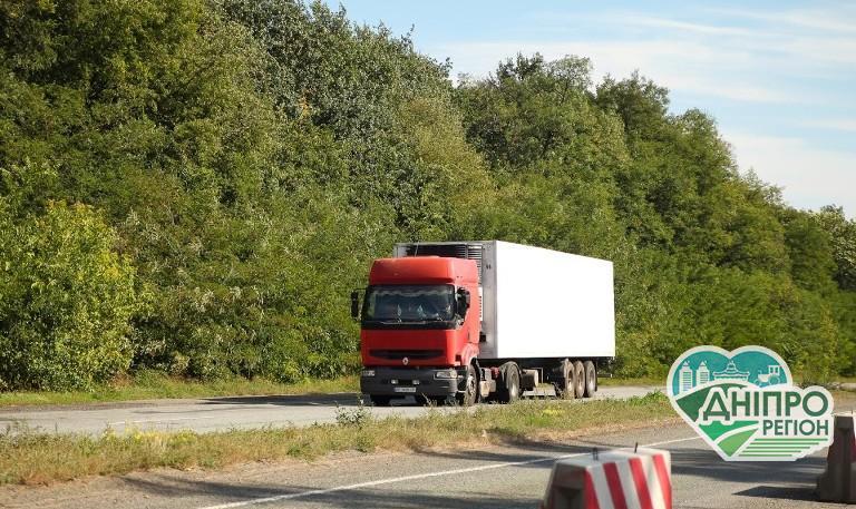 На дорогах Дніпропетровщини штрафують порушників вагових норм