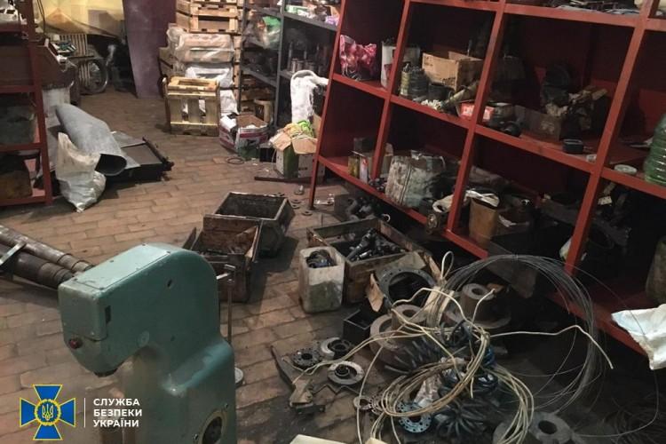 Бывшие руководители тепловозоремонтного завода в Днепре и должностные лица Укрзализныци: СБУ разоблачила схему на 60 миллионов гривен