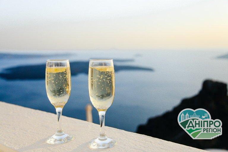 Сьогодні – всесвітній день шампанського