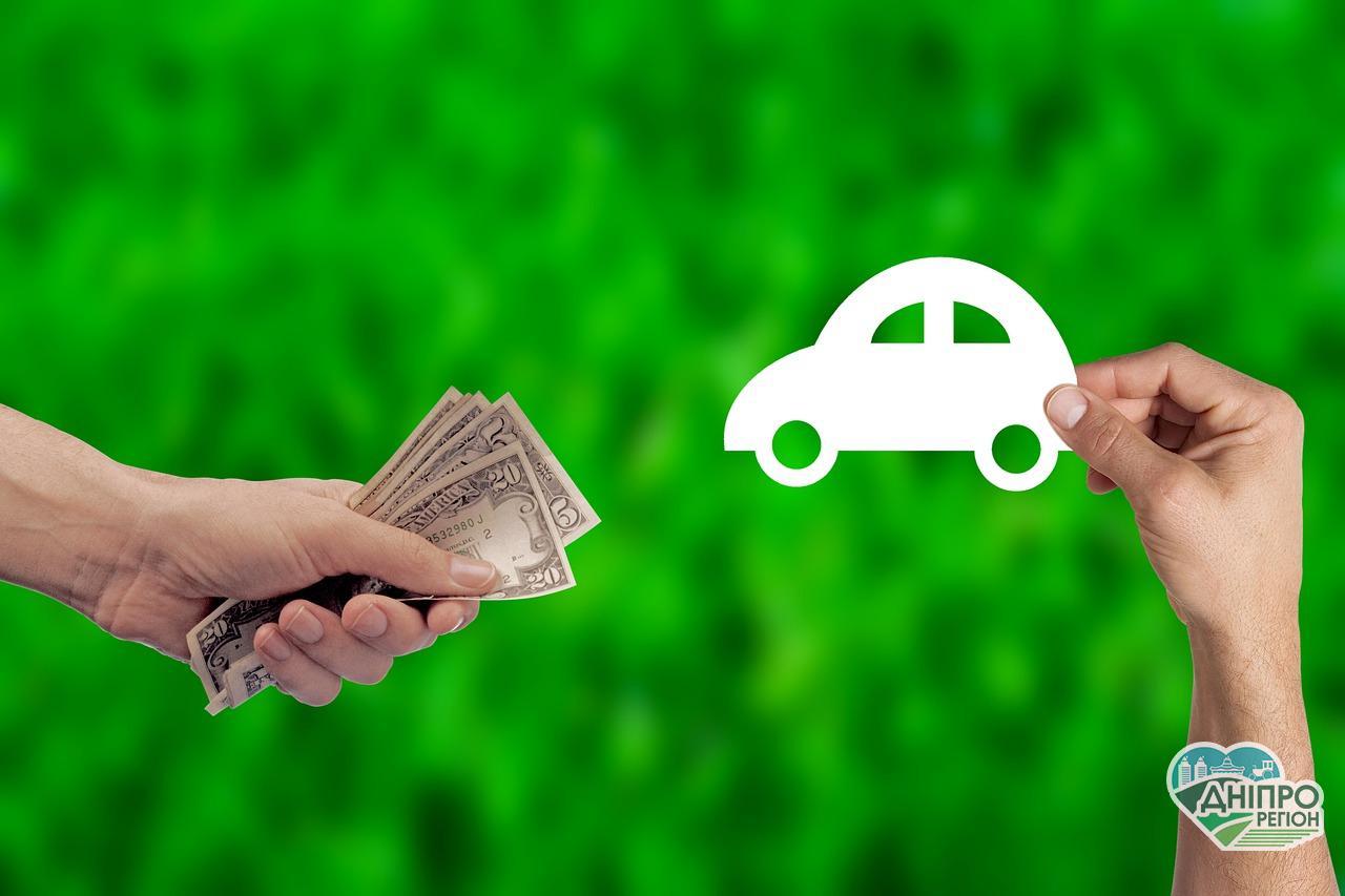У жовтні мешканці Дніпропетровщини витратили на нові авто 21 млн доларів