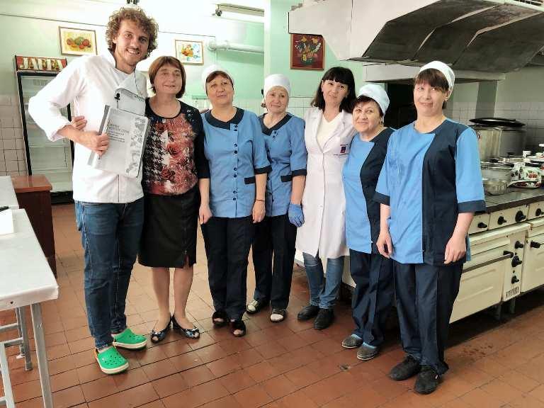 З наступного року в школах Дніпропетровщини має бути тільки здорове харчування