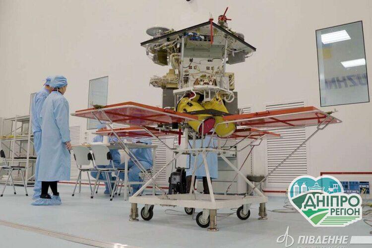 Компанія Ілона Маска доставить в космос супутник з Дніпра