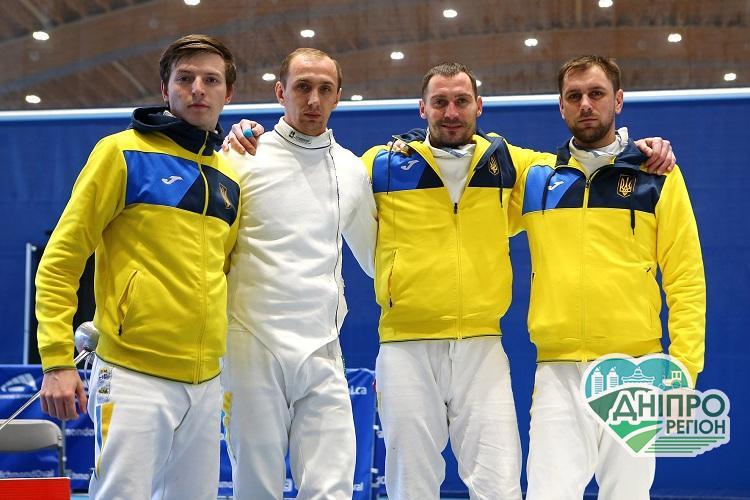 Спортсмен з Дніпра у складі команди українських фехтувальників здобув путівку на Олімпіаду