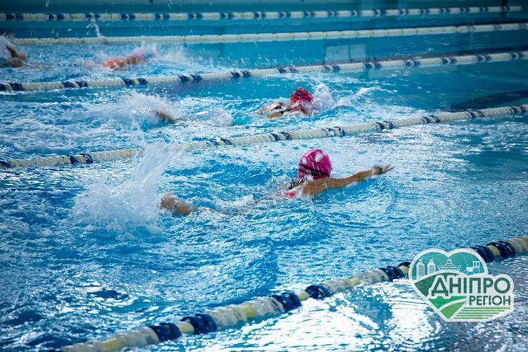 Спортсмени Дніпропетровщини вибороли 22 медалі національної першості з плавання