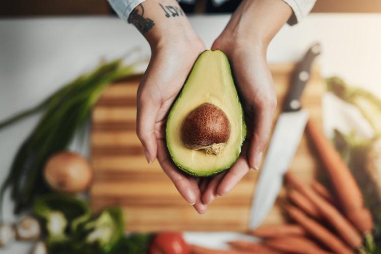 Авокадо: корисні властивості та переваги
