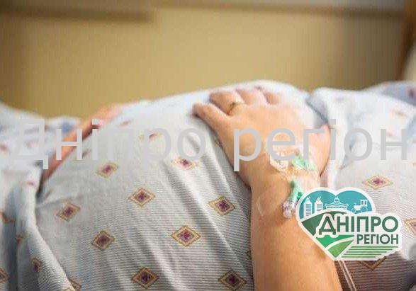90% легень зжер коронавірус: в Дніпрі померла 28-річна породілля