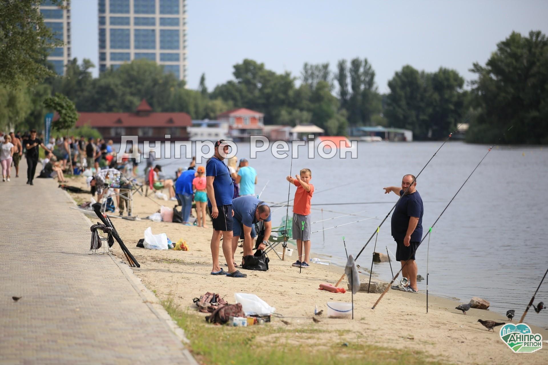 У Дніпрі пройшов перший дитячий рибальський фестиваль (Фото)