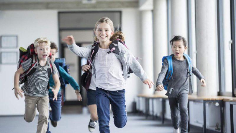 Дострокові канікули у Дніпрі закінчились: як будуть навчатись школярі