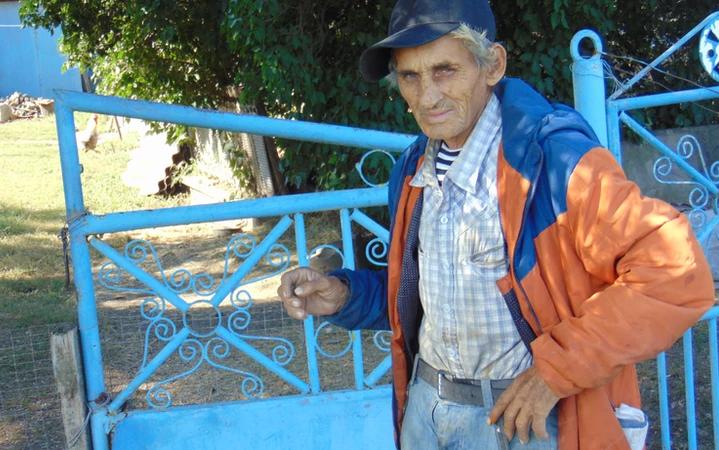 На Дніпропетровщині самотньо живе чоловік: села вже 10 років немає на карті (Фото)