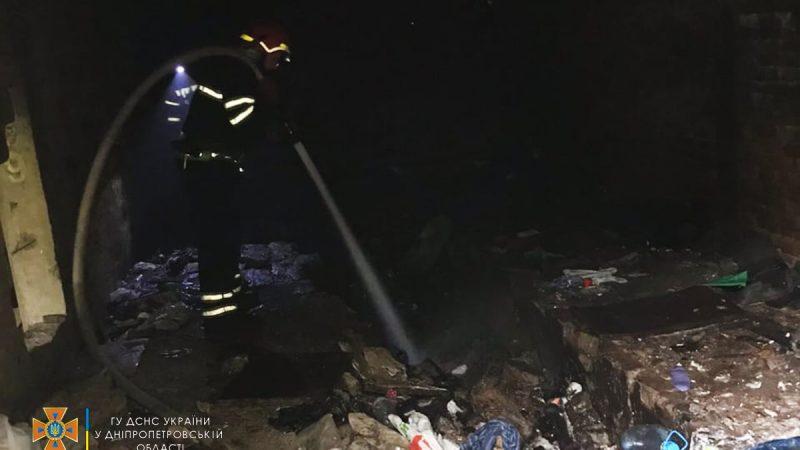 На Дніпропетровщині в покинутому гаражі виявили тіло чоловічої статі (Фото)
